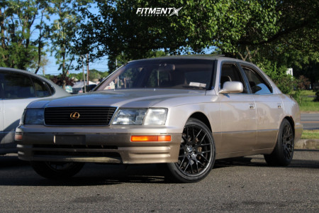 1995 Lexus LS400 - 18x8 45mm - Avant Garde M310 - Stock Suspension - 225/45R18