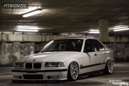 1996 BMW 328i - 17x8.5 35mm - BBS Lm - Air Suspension - 195/40R17