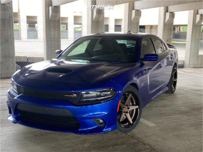 2018 Dodge Charger - 20x10 13mm - Ferrada Fr3 - Stock Suspension - 275/40R20
