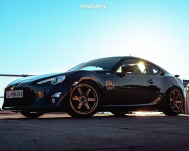 2013 Toyota 86 - 18x8.5 44mm - Rota Grid - Coilovers - 225/40R18