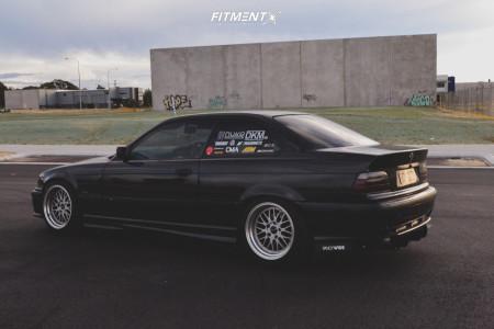 1997 BMW 318is - 17x9.5 32mm - JNC Jnc005 - Coilovers - 235/45R17
