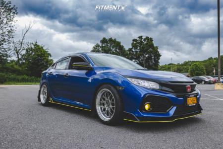 2017 Honda Civic - 18x9.5 35mm - F1R F21 - Coilovers - 245/40R18