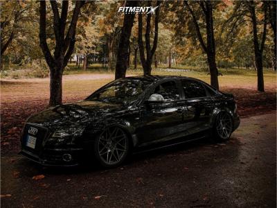 2009 Audi A4 - 19x9.5 42mm - Riviera RF2 Hubolt Flowformed - Air Suspension - 255/35R19