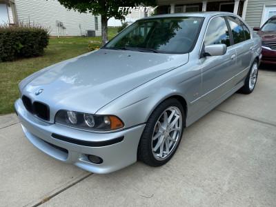 2001 BMW 525i - 19x8.5 15mm - Ferrada Fr2 - Stock Suspension - 245/40R19