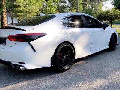 2018 Toyota Camry - 19x8.5 35mm - ESR Cs15 - Stock Suspension - 235/40R19