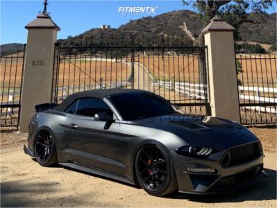 2018 Ford Mustang - 19x9.5 35mm - Velgen Vmb5 - Air Suspension - 245/35R19