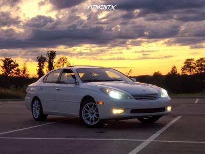 2002 Lexus ES300 - 17x8 35mm - Vors Tr4 - Stock Suspension - 215/50R17