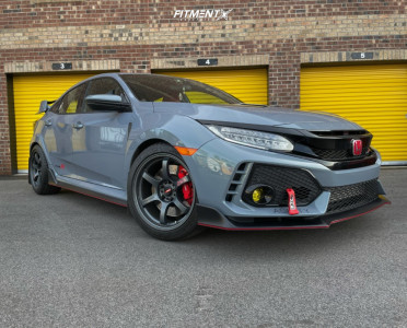 2019 Honda Civic - 18x9.5 38mm - Gram Lights 57dr - Stock Suspension - 255/40R18