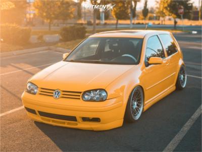 2003 Volkswagen Golf - 18x8.5 40mm - Radi8 R8a10 - Air Suspension - 215/35R18