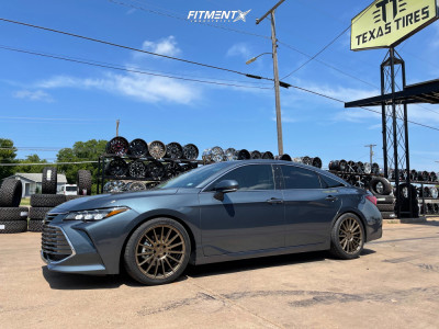 2021 Toyota Avalon - 19x8.5 35mm - Niche Form - Lowering Springs - 245/40R19