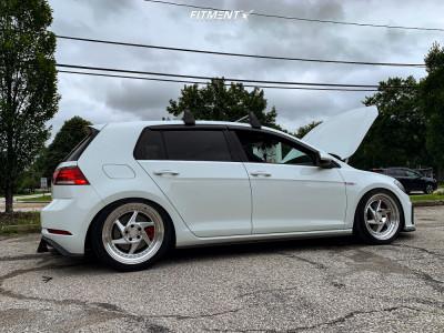2019 Volkswagen GTI - 18x8.5 40mm - Regen5 R34 - Coilovers - 235/40R18