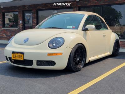 2006 Volkswagen Beetle - 18x9.5 35mm - ESR Cs01 - Coilovers - 215/40R18