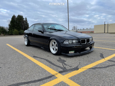 1993 BMW 325is - 17x8 13mm - ESM 005R - Coilovers - 215/40R17