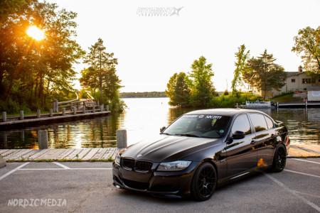 2011 BMW 335i xDrive - 18x8.5 35mm - Aodhan Ah-x - Lowering Springs - 225/40R18