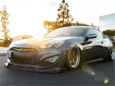 2015 Hyundai Genesis Coupe - 18x9.5 10mm - Cosmis Racing Xt-006r - Air Suspension - 225/40R18