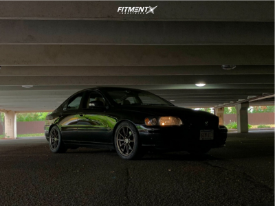 2009 Volvo S60 - 17x8 40mm - Petrol P4b - Coilovers - 235/45R17