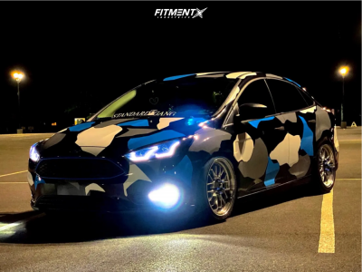 2015 Ford Focus - 18x8.5 32mm - F1R F21 - Coilovers - 235/45R18