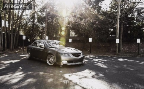 2005 Acura TL - 18x9.5 15mm - ESM 004 - Coilovers - 225/40R18