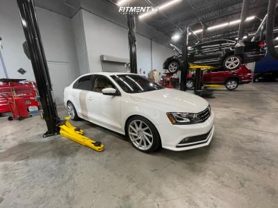 2016 Volkswagen Jetta - 18x8.5 45mm - F1R F29 - Lowering Springs - 225/40R18