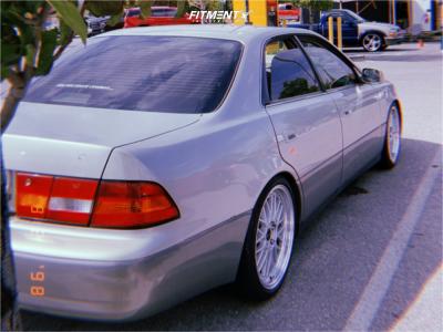1999 Lexus ES300 - 18x8 35mm - Vors Vr8 - Coilovers - 215/40R18