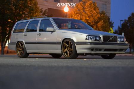 1996 Volvo 850 - 18x8.5 40mm - Artisa ArtFormed Kinetic - Coilovers - 215/40R18