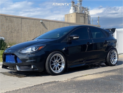 2014 Ford Focus - 18x8.5 35mm - Aodhan Ds07 - Lowering Springs - 235/40R18