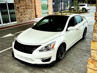 2015 Nissan Altima - 18x8.5 35mm - XXR 571 - Coilovers - 225/35R18