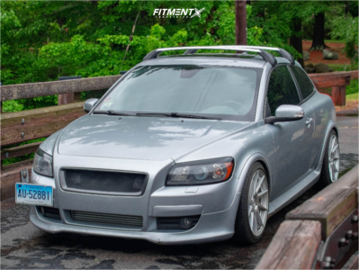 2008 Volvo C30 - 18x8.5 35mm - Aodhan Ah09 - Coilovers - 225/45R18