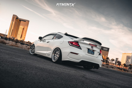 2015 Honda Civic - 18x9 25mm - Work Meister M1 3p - Coilovers - 215/35R18