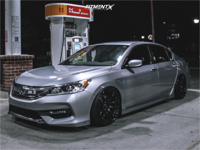 2017 Honda Accord - 19x9.5 35mm - Vors Tr4 - Coilovers - 225/35R19