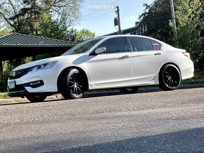 2016 Honda Accord - 19x8.5 30mm - Konig Oversteer - Stock Suspension - 235/40R19