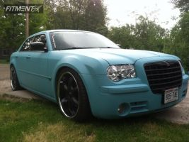 2005 Chrysler 300 - 22x9.5 15mm - Akuza Lucuna - Lowered on Springs - 265/35R22