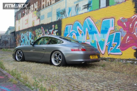 2003 Porsche Carrera 911 - 18x8 49mm - Eta Beta  - Coilovers - 215/35R18