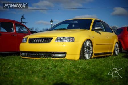 2001 Audi S3 - 18x8.5 35mm - Rotiform Ind-t - Air Suspension - 225/40R18