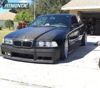 1995 BMW 325is - 18x9.5 22mm - ESR SR04 - Coilovers - 215/35R18