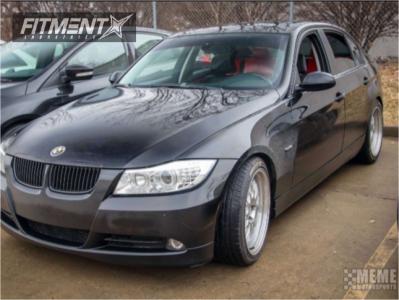 2006 BMW 325i - 18x8.5 30mm - ESR Sr01 - Stock Suspension - 225/40R18