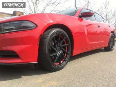 2015 Dodge Charger - 20x8.5 35mm - F1R F29 - Stock Suspension - 245/40R20