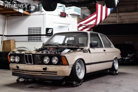 1983 BMW 320i - 15x8 20mm - MST Fiori - Air Suspension - 165/55R15