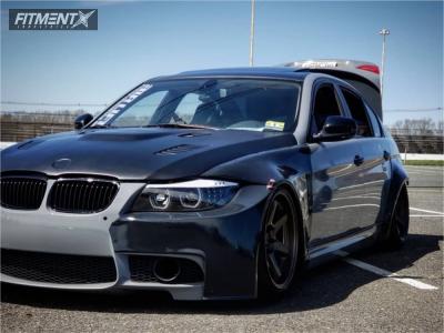 2009 BMW 328xi - 18x10.5 22mm - ESR Sr07 - Air Suspension - 235/45R18