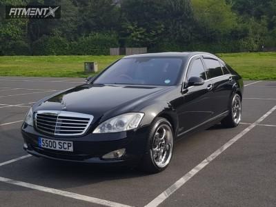 2008 Mercedes-Benz S500 - 19x9.5 30mm - Keskin kt-7 - Stock Suspension - 255/40R19