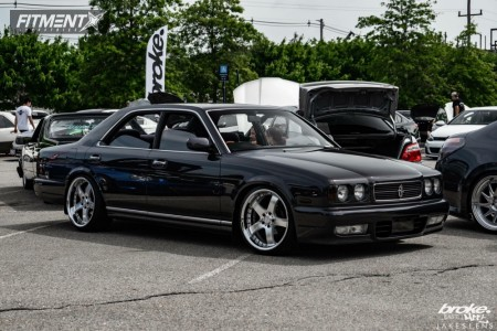 1993 Nissan Cedric - 19x9 31mm - Rays Engineering Lexion 203 - Coilovers - 215/35R19
