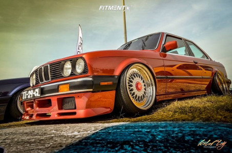 1984 BMW 325is - 17x8.75 20mm - BBS Rs - Air Suspension - 195/40R17