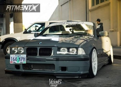 1999 BMW 323i - 18x9 33mm - Cosmis Racing XT-206R - Coilovers - 205/35R18