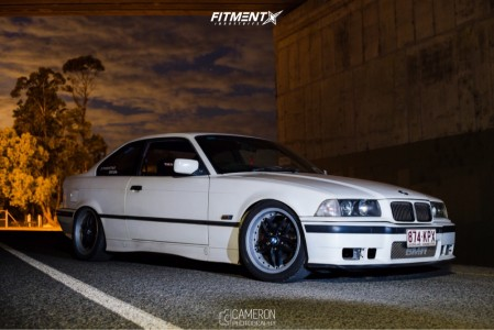 1993 BMW 318is - 17x8 37mm - Bmw Style 71 Reps  - Coilovers - 225/45R17