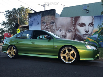2003 Holden Commodore - 20x8.5 45mm - Simmons FR-20 - Air Suspension - 245/30R20