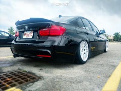 2015 BMW 320i xDrive - 19x8.5 35mm - Rotiform Rse - Air Suspension - 235/35R19