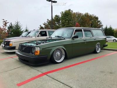 1991 Volvo 240 - 17x9 0mm - McLean 100 Spoke - Air Suspension - 195/40R17
