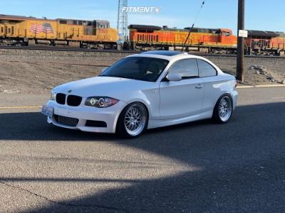 2009 BMW 135i - 18x8.5 30mm - ESR Sr01 - Air Suspension - 255/40R18