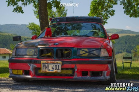 1995 BMW 320i - 17x8.5 35mm - Brock B1 - Coilovers - 205/40R17