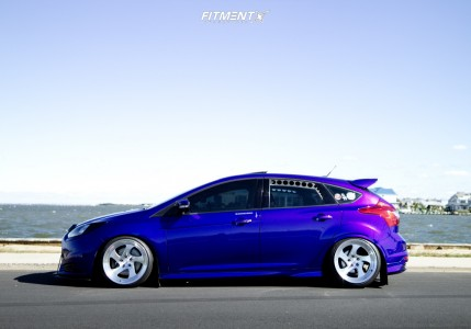 2013 Ford ST - 18x10 25mm - Varrstoen Mk2 - Coilovers - 235/40R18